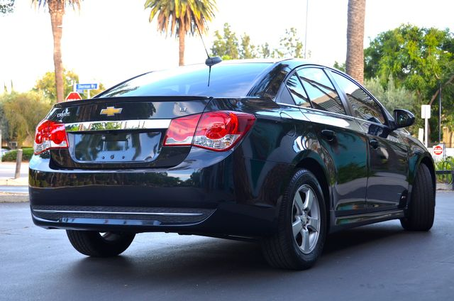 2015 Chevrolet Cruze LT Reseda, CA 24