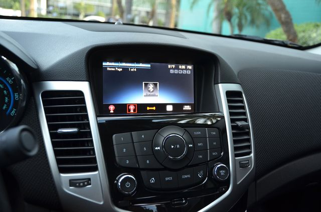 2015 Chevrolet Cruze LT Reseda, CA 28