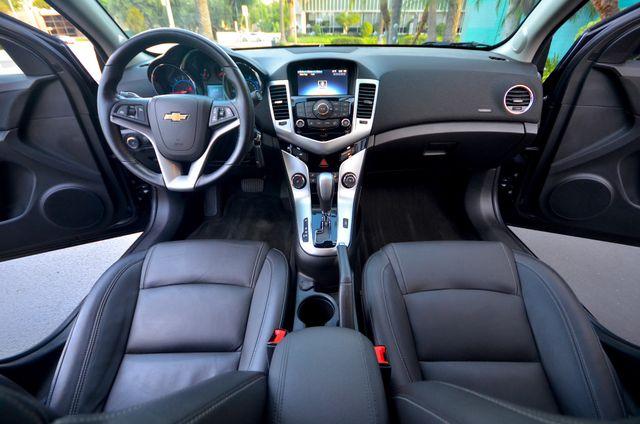 2015 Chevrolet Cruze LT Reseda, CA 4