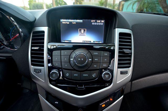 2015 Chevrolet Cruze LT Reseda, CA 42