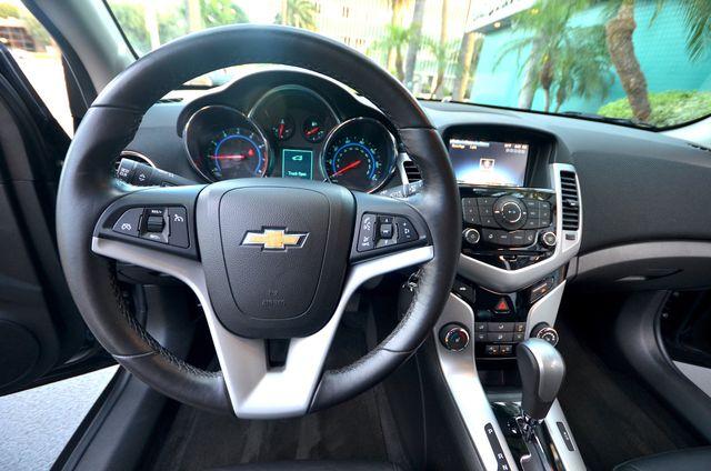 2015 Chevrolet Cruze LT Reseda, CA 5
