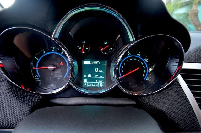 2015 Chevrolet Cruze LT Reseda, CA 13