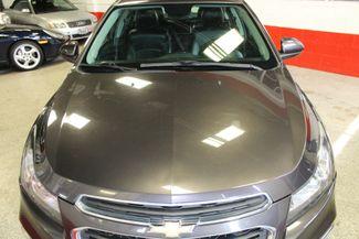2015 Chevrolet Cruz. Perfect COLOR, GREAT COMMUTOR  VEHICLE, TECH FILLED. Saint Louis Park, MN 24
