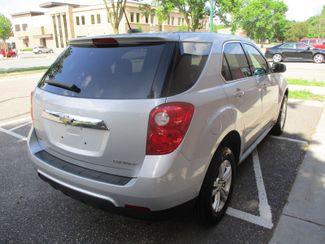 2015 Chevrolet Equinox LS Farmington, MN 1