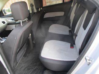 2015 Chevrolet Equinox LS Farmington, MN 3