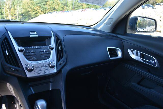 2015 Chevrolet Equinox LS Naugatuck, Connecticut 17