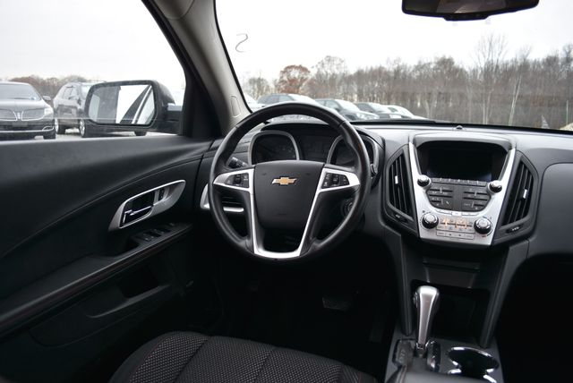 2015 Chevrolet Equinox LT Naugatuck, Connecticut 13