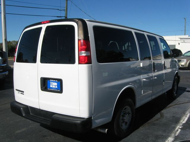 2015 Chevrolet Express 12-Passenger LS Richmond, Virginia 5