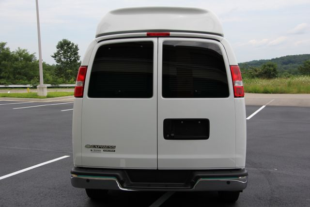 2015 Chevrolet Express 7 Passenger Customizers Conversion High Top Richmond, Virginia 6