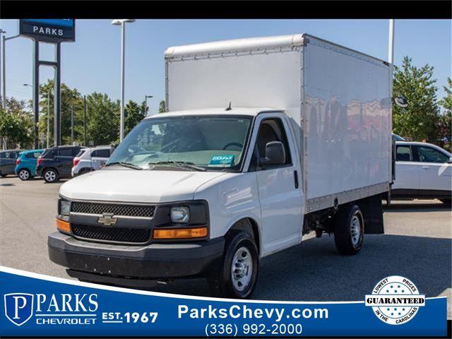 2015 Chevrolet Express Commercial Cutaway Work Van