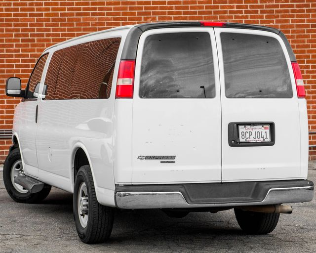 2015 Chevrolet Express Passenger LT Burbank, CA 7