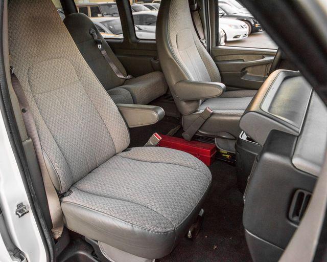 2015 Chevrolet Express Passenger LT Burbank, CA 18