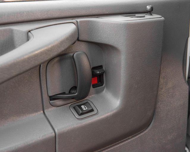 2015 Chevrolet Express Passenger LT Burbank, CA 28