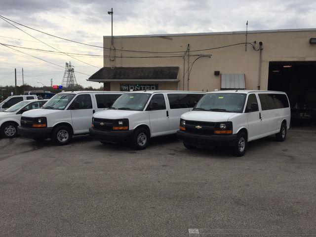 2015 Chevrolet Express Passenger LS