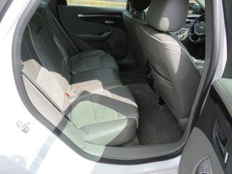 2015 Chevrolet Impala LT Batesville, Mississippi 31