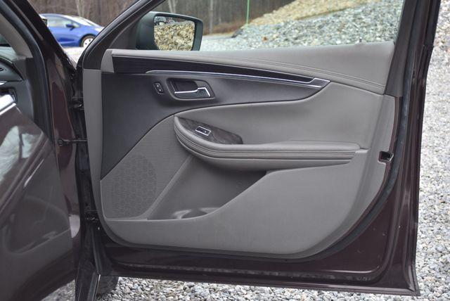 2015 Chevrolet Impala LT Naugatuck, Connecticut 10