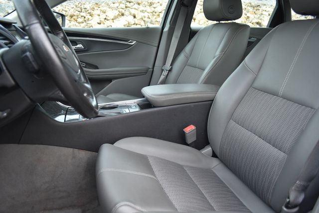 2015 Chevrolet Impala LT Naugatuck, Connecticut 19