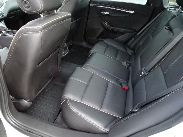 2015 Chevrolet Impala LTZ Valparaiso, Indiana 11