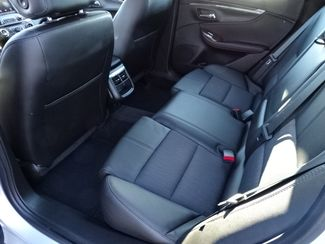 2015 Chevrolet Impala LT Valparaiso, Indiana 9