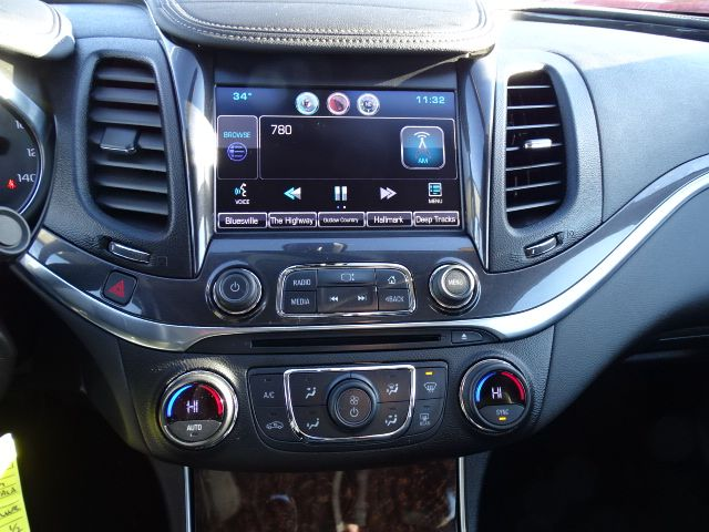 2015 Chevrolet Impala LT Valparaiso, Indiana 14