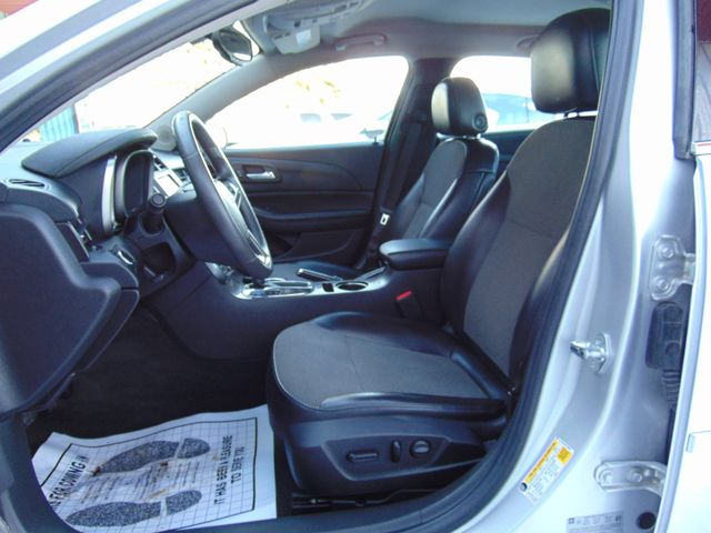 2015 Chevrolet Malibu LT Alexandria, Minnesota 6