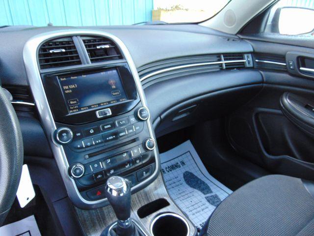 2015 Chevrolet Malibu LT Alexandria, Minnesota 7