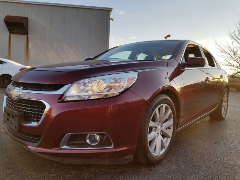 2015 Chevrolet Malibu LT | Champaign, Illinois | The Auto Mall of Champaign in Champaign Illinois