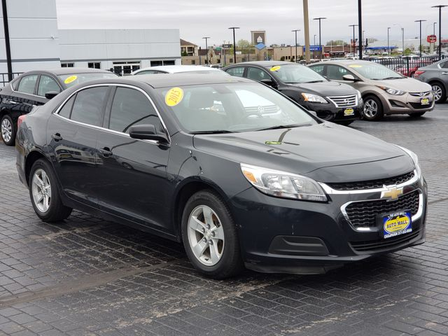 2015 Chevrolet Malibu LS | Champaign, Illinois | The Auto Mall of Champaign in Champaign Illinois