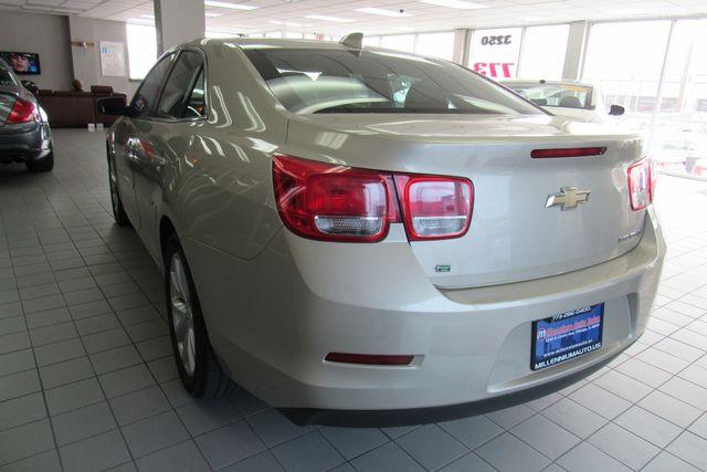 2015 Chevrolet Malibu LT Chicago, Illinois 6