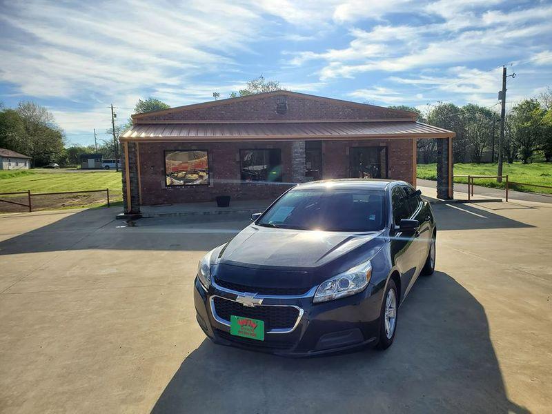 2015 Chevrolet Malibu LT | Gilmer, TX | Win Auto Center, LLC in Gilmer TX