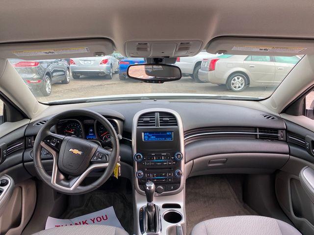 2015 Chevrolet Malibu LS Madison, NC 21