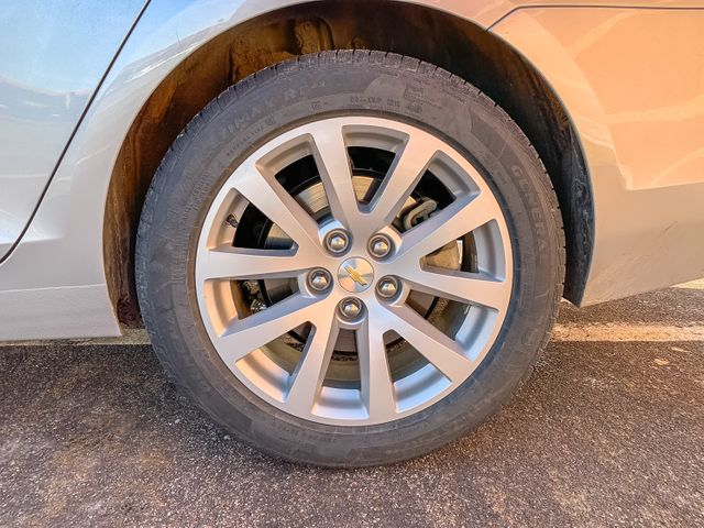 2015 Chevrolet Malibu 2LT Maple Grove, Minnesota 36