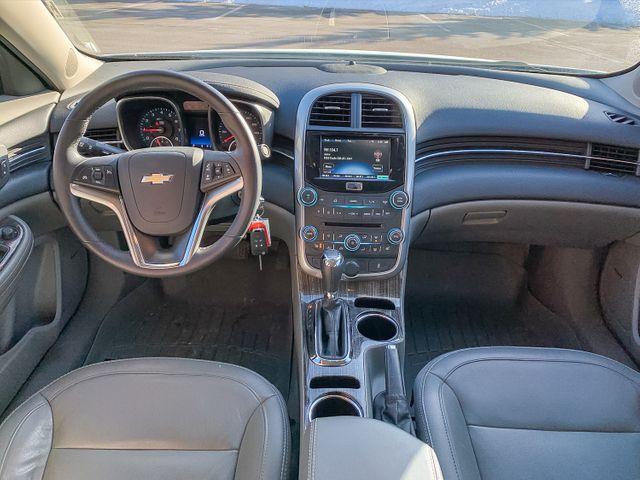 2015 Chevrolet Malibu 2LT Maple Grove, Minnesota 10