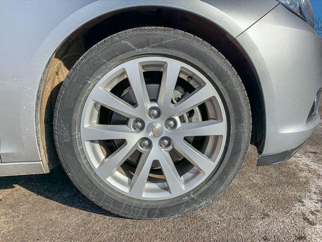 2015 Chevrolet Malibu 2LT Maple Grove, Minnesota 34