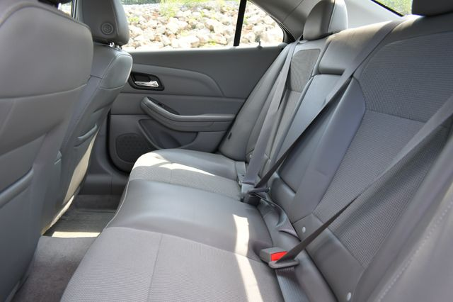 2015 Chevrolet Malibu LT Naugatuck, Connecticut 14