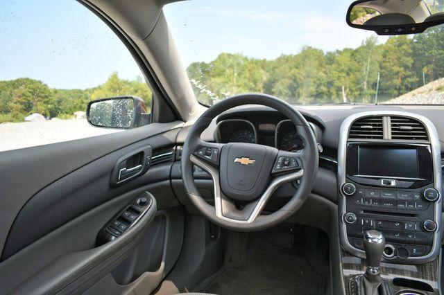 2015 Chevrolet Malibu LT Naugatuck, Connecticut 15