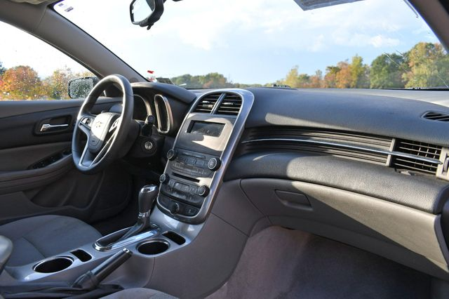 2015 Chevrolet Malibu LS Naugatuck, Connecticut 8
