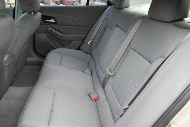 2015 Chevrolet Malibu LS Naugatuck, Connecticut 13