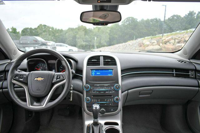 2015 Chevrolet Malibu LS Naugatuck, Connecticut 15