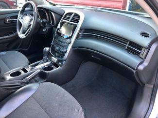 2015 Chevrolet Malibu LT2 Osseo, Minnesota 9
