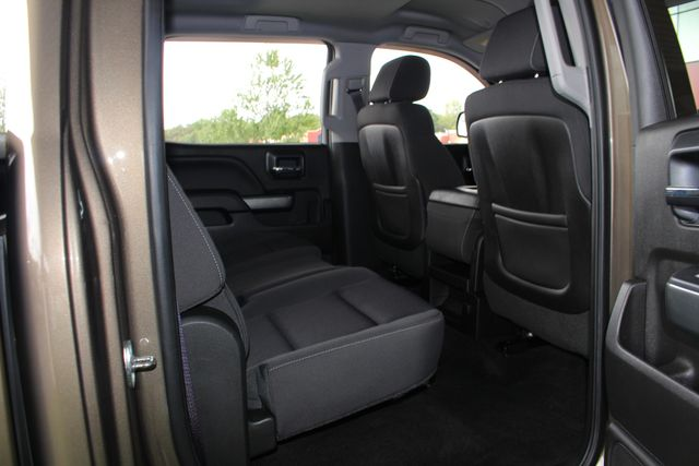 2015 Chevrolet Silverado 1500 LT Crew Cab 4x4 - ALL STAR EDITION - ONE OWNER! Mooresville , NC 35