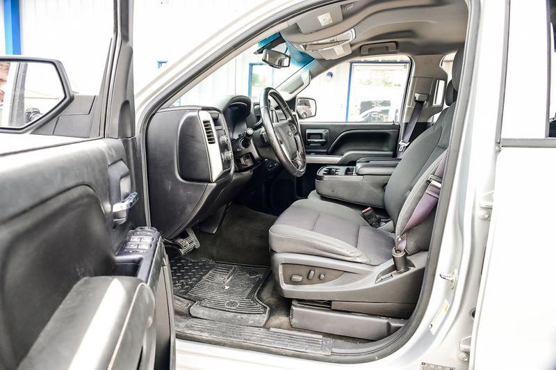 2015 Chevrolet Silverado 1500 5.3L V8 LT 4X4 Navigation Back-up Camera Very Nice in Rowlett, Texas