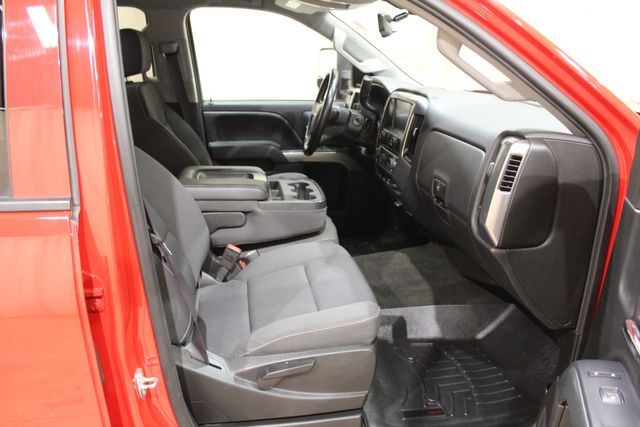 2015 Chevrolet Silverado 2500HD 4x4 LT in Roscoe, IL 61073