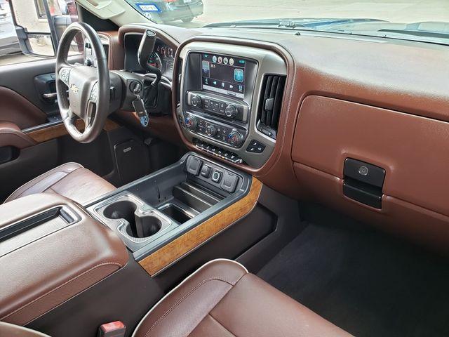 2015 Chevrolet Silverado 2500HD High Country Diesel 4x4, 3LZ, NAV, Chromes 44k in Dallas, Texas 75220