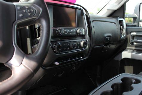 2015 Chevrolet Silverado 2500HD Built After Aug 14 LT Z71   Granite City, Illinois   MasterCars Company Inc. in Granite City, Illinois