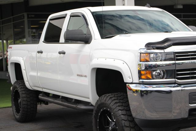 2015 Chevrolet Silverado 2500HD Built After Aug 14 LT Crew Cab 4x4 - LIFTED - LOT$ OF EXTRA$! Mooresville , NC 23