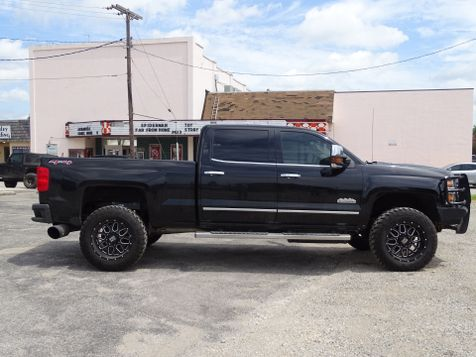 2015 Chevrolet Silverado 2500HD Built After Aug 14 High Country | Pleasanton, TX | Pleasanton Truck Company in Pleasanton, TX