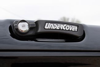 2015 Chevrolet Silverado 2500HD LT Crew 4x4 6.6L Duramax Diesel Auto LIFTED SEMA Sealy, Texas 17