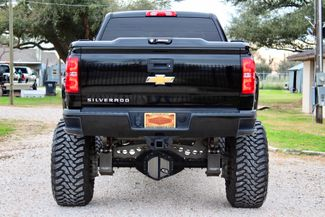 2015 Chevrolet Silverado 2500HD LT Crew 4x4 6.6L Duramax Diesel Auto LIFTED SEMA Sealy, Texas 9