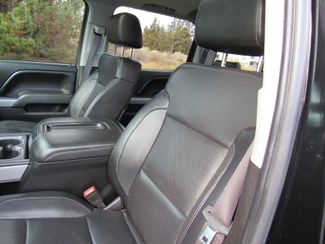2015 Chevrolet Silverado 3500HD 6.6L Diesel 4x4 LTZ Bend, Oregon 10